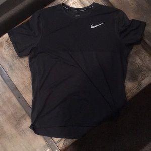 Men's Nike Zonal Cooling Running Shirt Lg